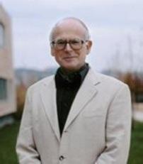 M. Michel EGLOFF Professeur à l'Université de Neuchâtel et directeur du Laténium, Parc et musée d'archéologie de Neuchâtel (à Hauterive, NE), Michel Egloff est également chef du Service cantonal d'archéologie.